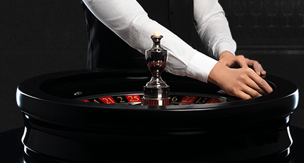 CasinoGuide live casino live roulette dealer
